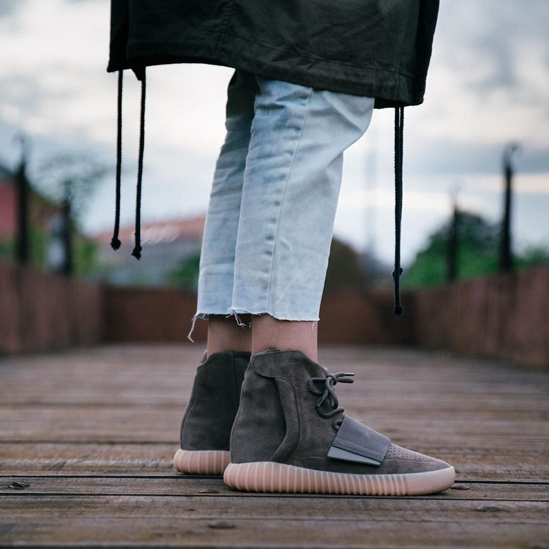 yeezy 750 outfit