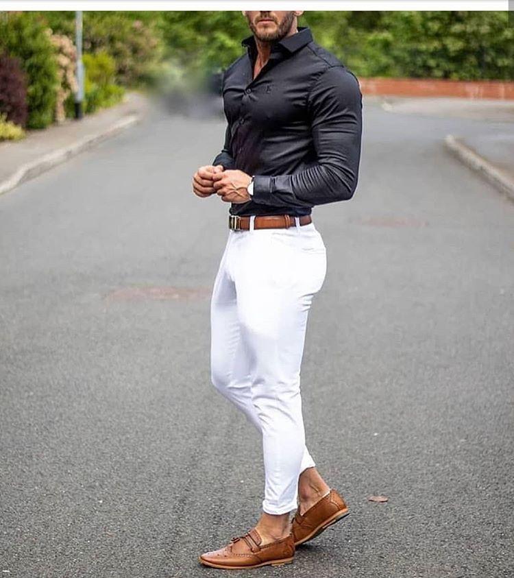 Exito Belleza Estilo En Instagram Capsulas Del Buen Vestir Ck Estilos T Ropa De Hombre Casual Elegante Moda Ropa Hombre Jeans Blancos Hombre