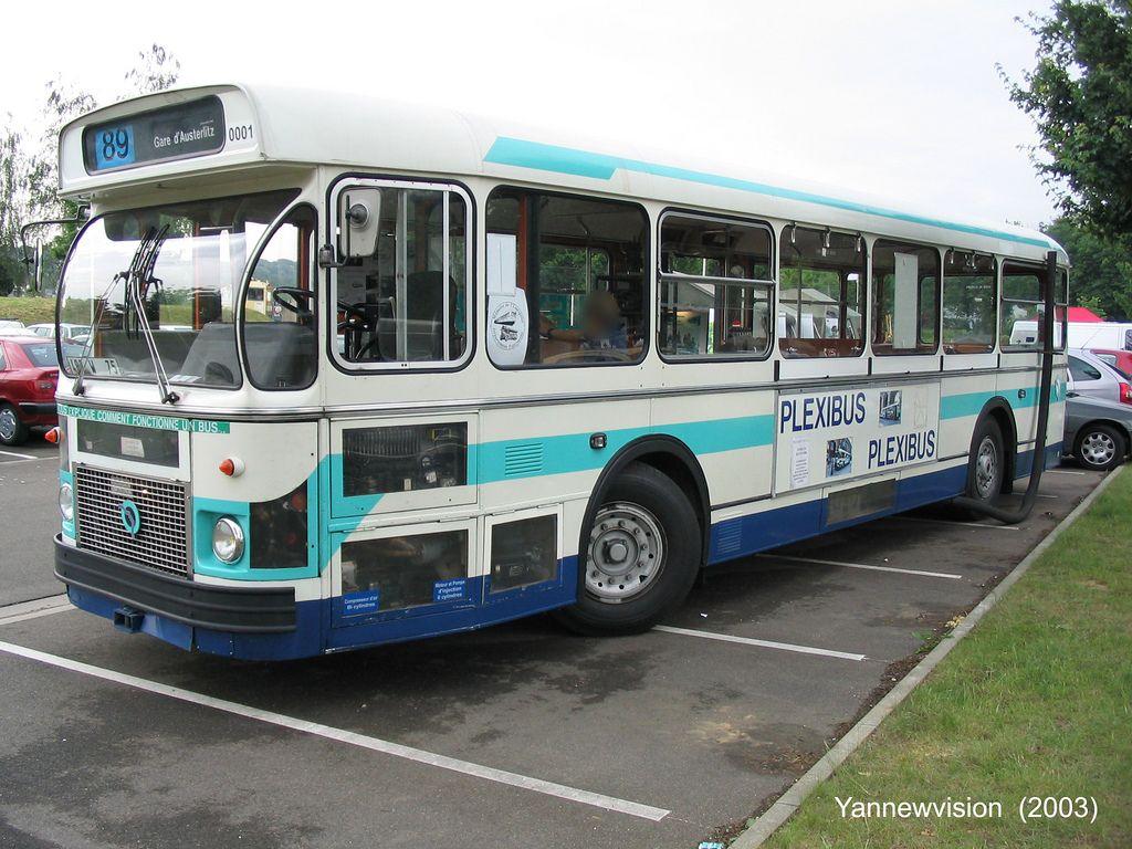 old french bus saviem sc10 umr ex 7704 ratp plexibus sauvabus versailles france 2003. Black Bedroom Furniture Sets. Home Design Ideas