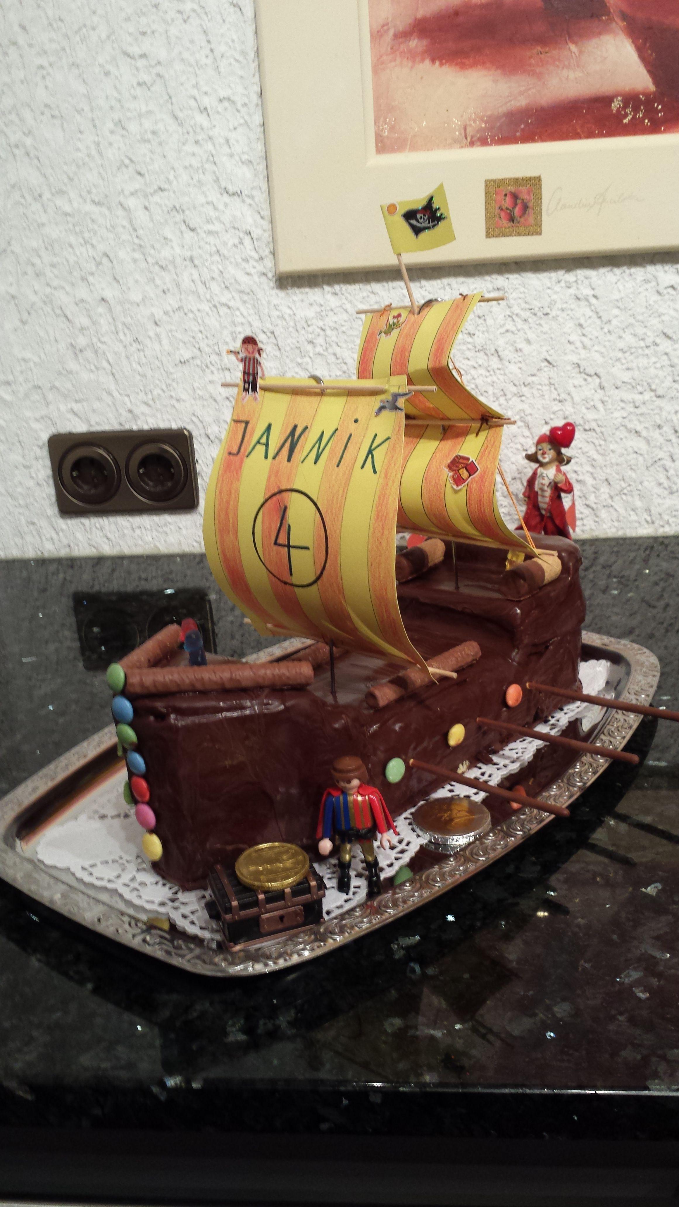 Piratenschiff Fur Kindergeburtstag Piratenkuchen Kuchen Rezepte
