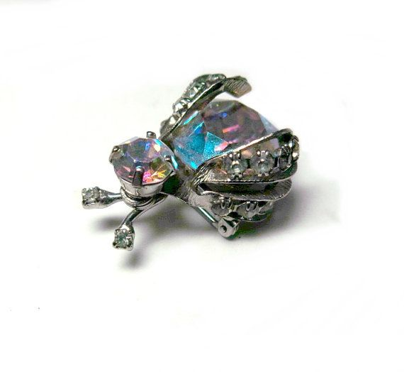 ccb83503575 Fashion Bee Insect Animal Pearl Rhinestone Costume Brooch Pin Women Jewellery  Brooches & Pins