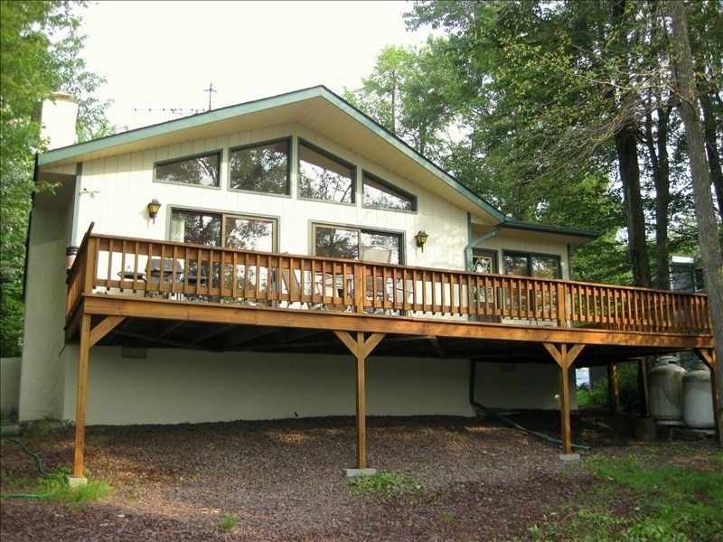House vacation rental in Mount Pocono from