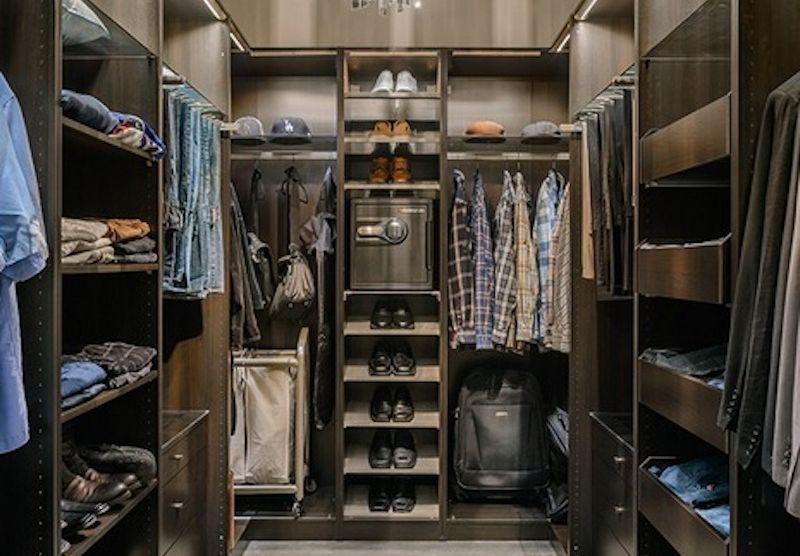 Dudes Closet Safe Setup