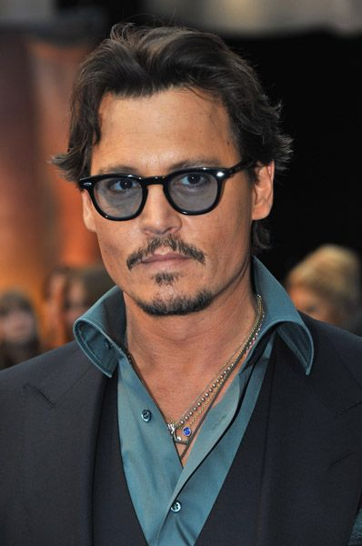 pirate johnny depp | johnny depp pirates 5 depp signing on for pirates 5 johnny depp is ...