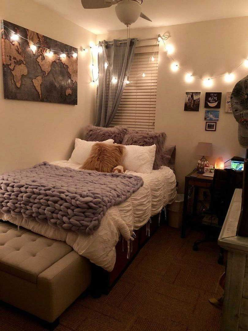 54 Gorgeous Comfortable Bedroom Ideas For Small Rooms 05 Best Inspiration Ideas That You Want In 2020 Relaxing Bedroom Cozy Dorm Room Dorm Room Decor