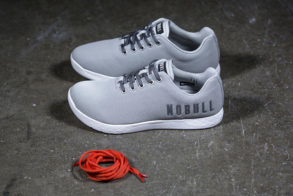 classique sortie avec paypal Nike Air Max 90 Marron Essentiel Des Femmes De Formateurs Comme Les Chaussures De Nobull jeu grand escompte asjS9KT