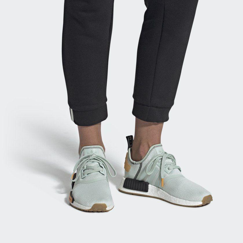 Móvil Sympton mal humor  adidas NMD_R1 Shoes - Green | adidas US | Adidas trainers women, Adidas  shoes nmd, Nmd adidas women