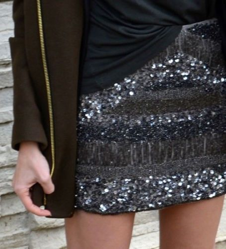 e35d54d9a151 NWT ZARA EMBROIDERED SKIRT WITH SEQUINS MINI BLOGGERS SS14 Aged silver SIZE  XS #ZARA #Mini