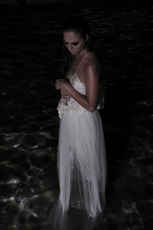 Pin By Anne On Ixiah X Izi Wedding Dresses Lace Wedding Dresses Fashion Prints
