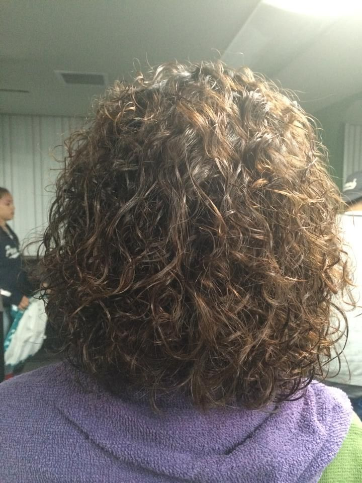 how to style my hair perm with white and gray rods result back view perms 6493