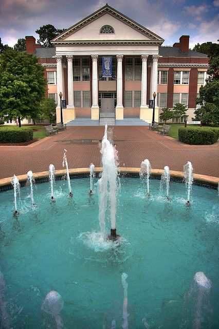 Umw Fountain University Of Mary Washington Fredericksburg Va Mary Washington College Visit Virginia Is For Lovers