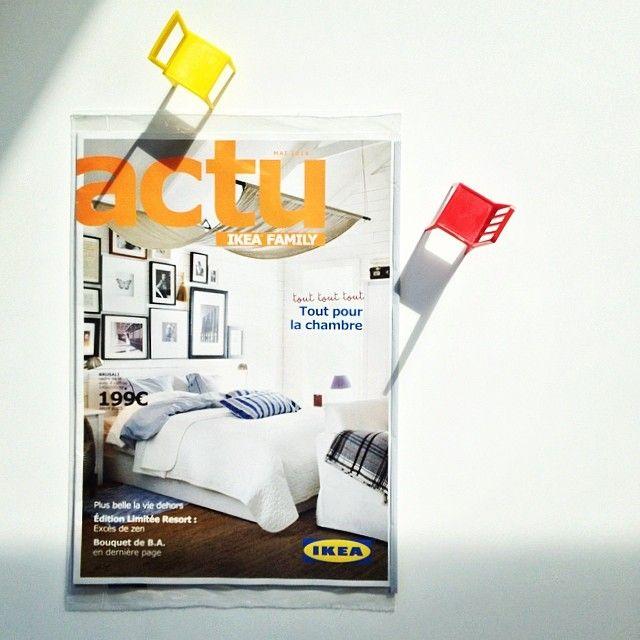 Au delà de la présentation de la gamme de mobilier de l'enseigne suédoise, le magazine #IkeaFamily regorge d'idées pour les élèves en #déco. Il paraît 4 fois par an et est envoyé gratuitement aux porteurs de la carte du magasin. Tous les anciens numéros sont disponibles sur www.ikeafamilylivemagazine.com