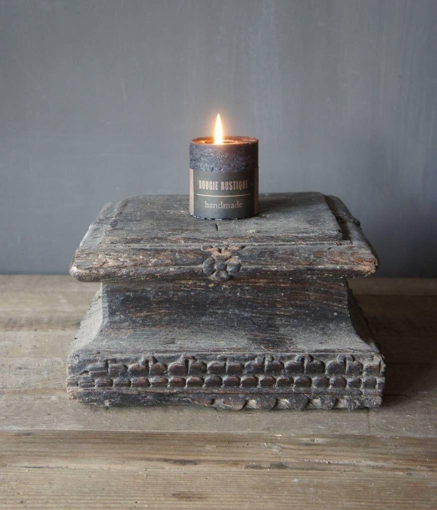 Oude houten poer ook wel sokkel genoemd kandelaar for Alfombras belgas originales