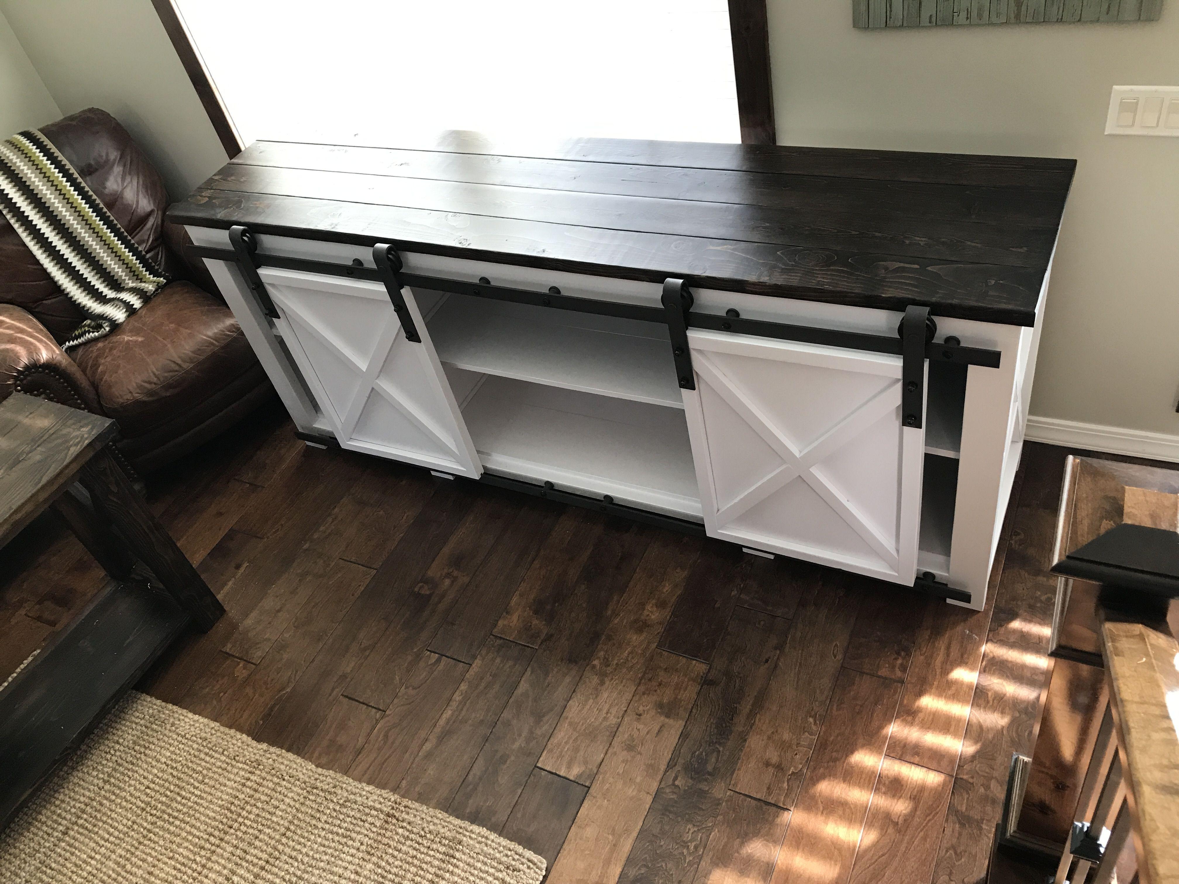 DIY Ana White Grandy Media Console Table. Sliding Door Media Console.