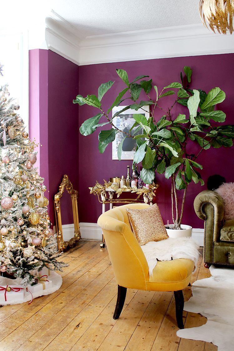 Christmas Living Room In Dark Purple And Gold In 2020 Li