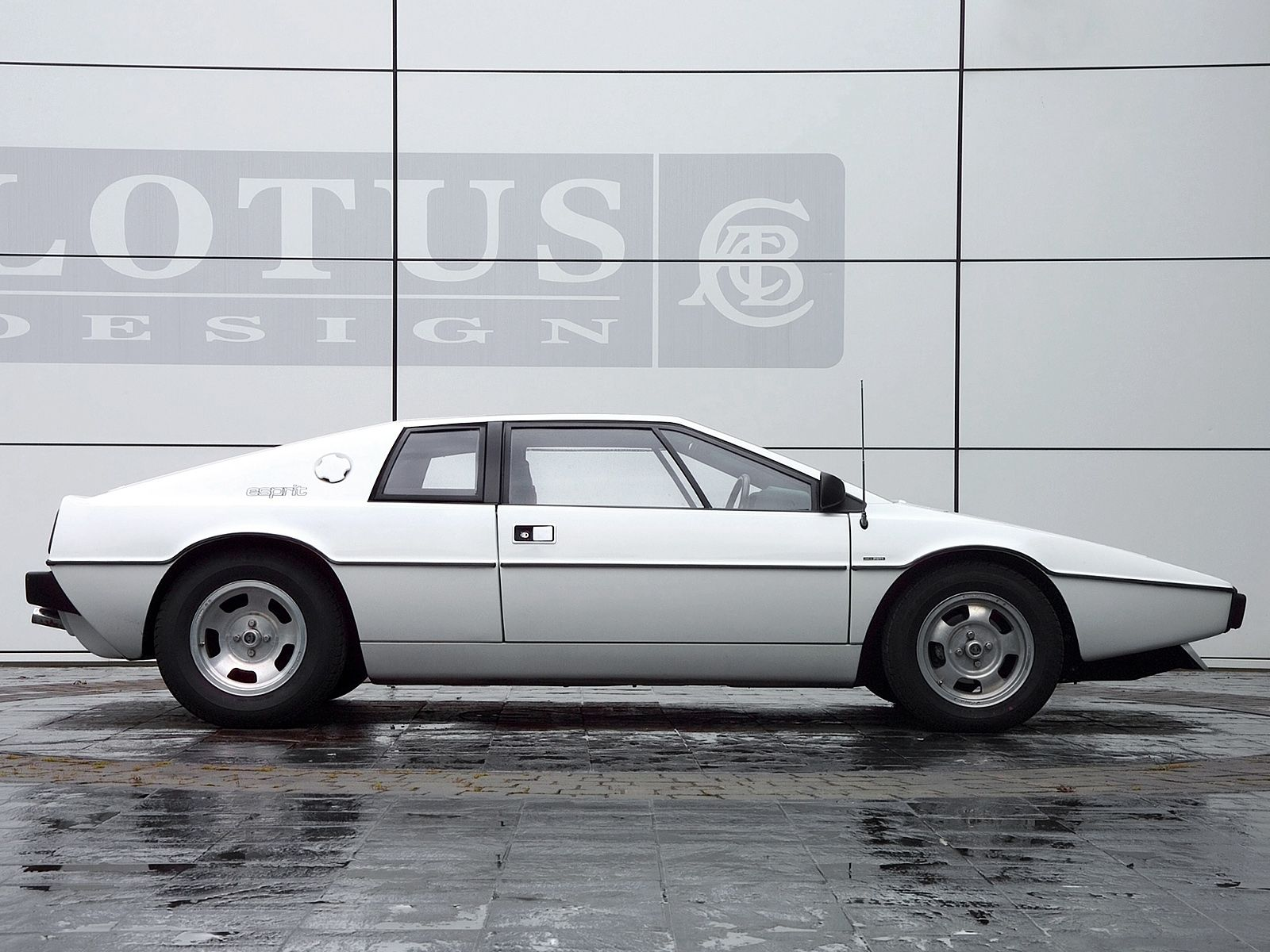 1976-78 Lotus Esprit. One of my dream projects!