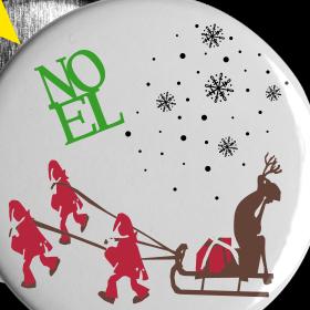Weihnachtsbutton,mit Elch und Zwerge. Button, Button Christmas, with moose and dwarves.
