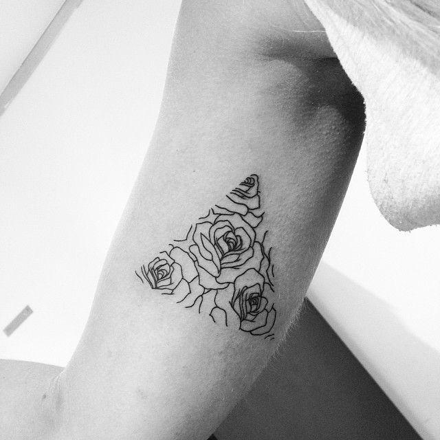 Rose Triangle Tattoo Tattoo Tattoos Tattoo Designs Rose Tattoos
