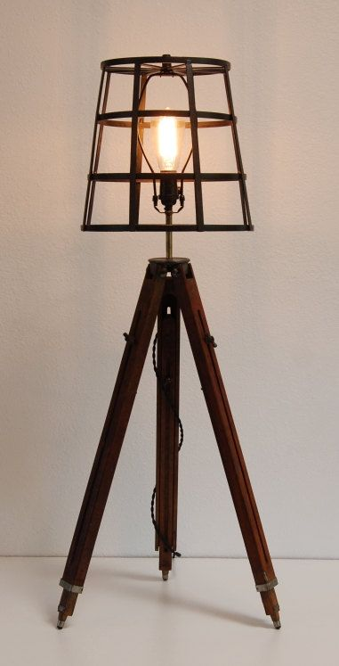 vintage wooden tripod table floor lamp industrial steampunk loft r e c y c l i g h t. Black Bedroom Furniture Sets. Home Design Ideas
