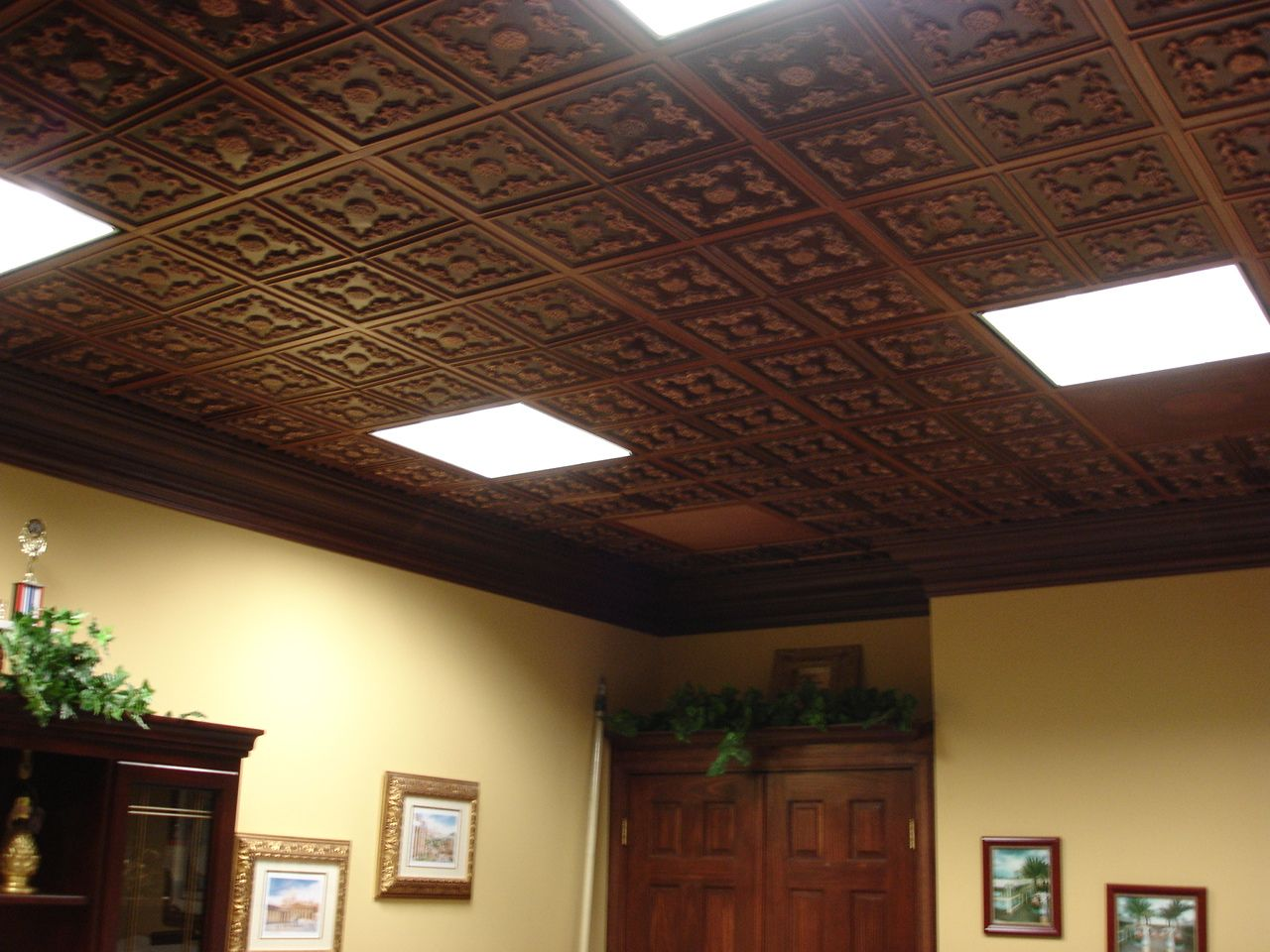Le chateau faux tin ceiling tile glue up 24x24 130 le chateau faux tin ceiling tile glue up 24x24 130 dailygadgetfo Images