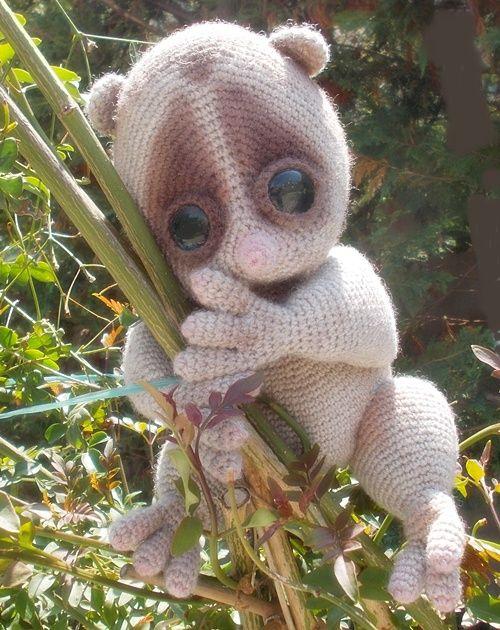 il Piccolo Lemure by  lella ✿ڰۣ—  original pattern by Svetlana Pertseva - LittleOwlsHut italian shop https://www.etsy.com/listing/195186104/088it-crochet-tutorial-on-small-lemur