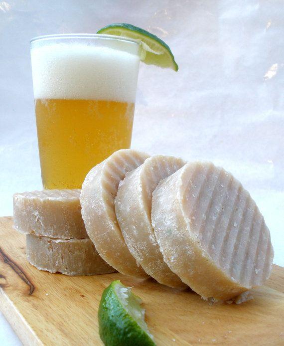 Twisted Lime Pilsner Beer Soap with ginger jojoba di DancingGarden