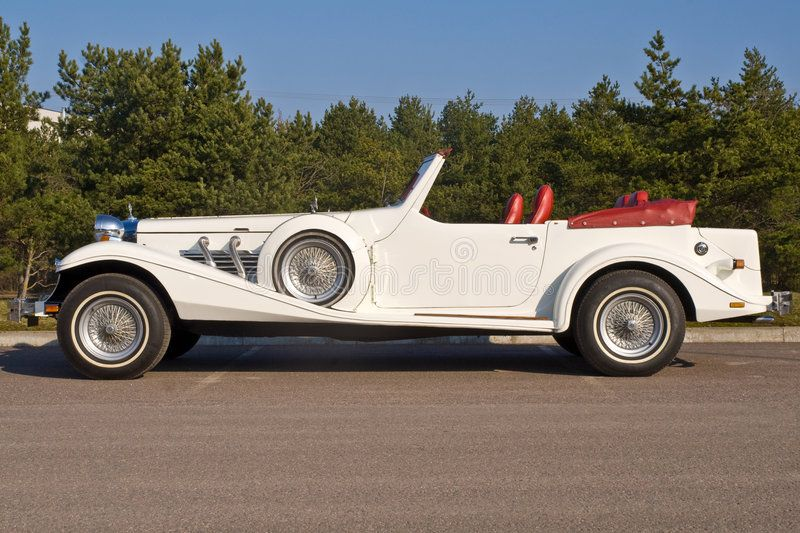Excalibur Cabriolet Side View Of A Rare Collectors Car Called Excalibur Affiliate Side View Excalibur Cabriolets Vintage Cars Stock Photography Free