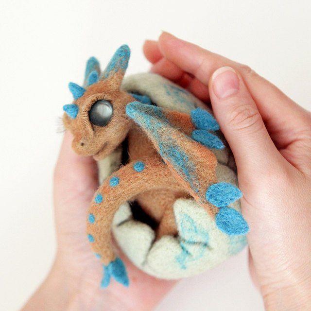 Dragon baby, fairytale doll, woodland creature, fantastic beasts, dragon fan gift, dragon shell, collectibles felted animal figurine #feltdragon