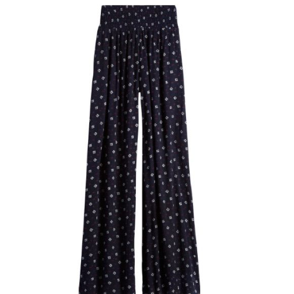 Beautiful printed wide leg pants Brand new with tags! ❌PRICE IS FIRM❌ Rd Style Pants Wide Leg