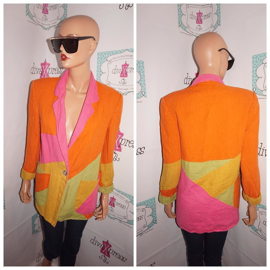 2ea3c5dba443 Up for sale is this lovely Vintage International Scene Multicolor Blazer Size  L Flaws: none