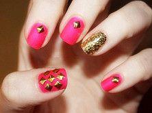 rivet fingernail...