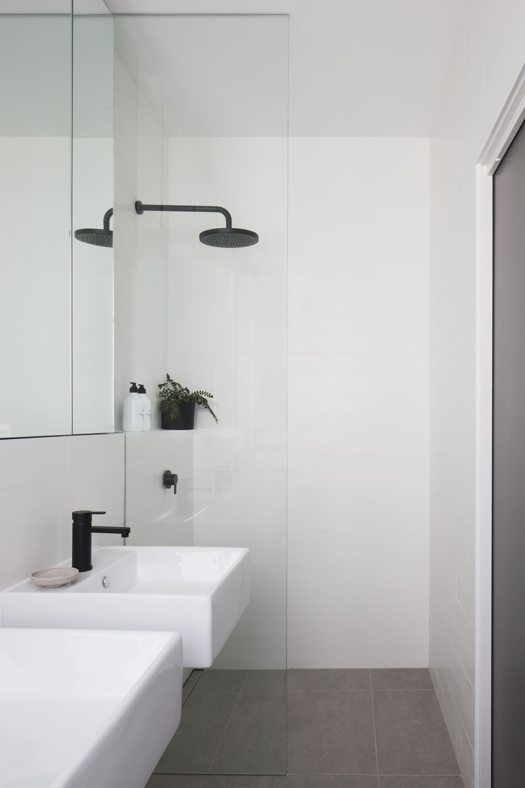 Lux Modern Kew East With Images Minimalist Bathroom Modern Bathroom Small Bathroom
