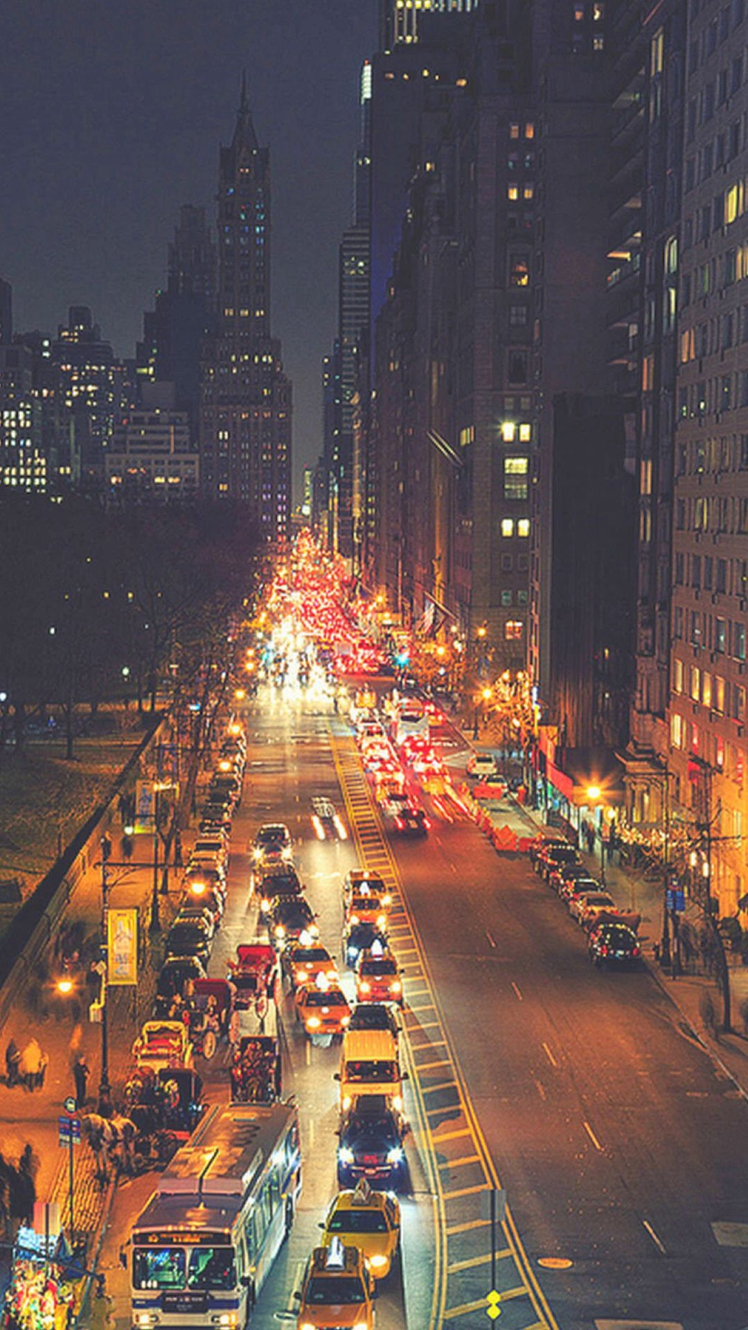 Busy New York Street Night Traffic Iphone 6 Wallpaper Download Iphone Wallpapers Ipad Wallpapers One Stop Download Beautiful Places Night City Night Life
