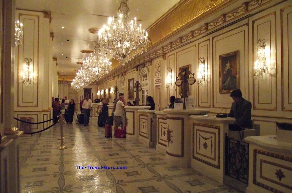 Two Hotel Lobbies And A Bathroom In Las Vegas The Travel Guru Paris Las Vegas Las Vegas Hotels Paris Hotel Las Vegas