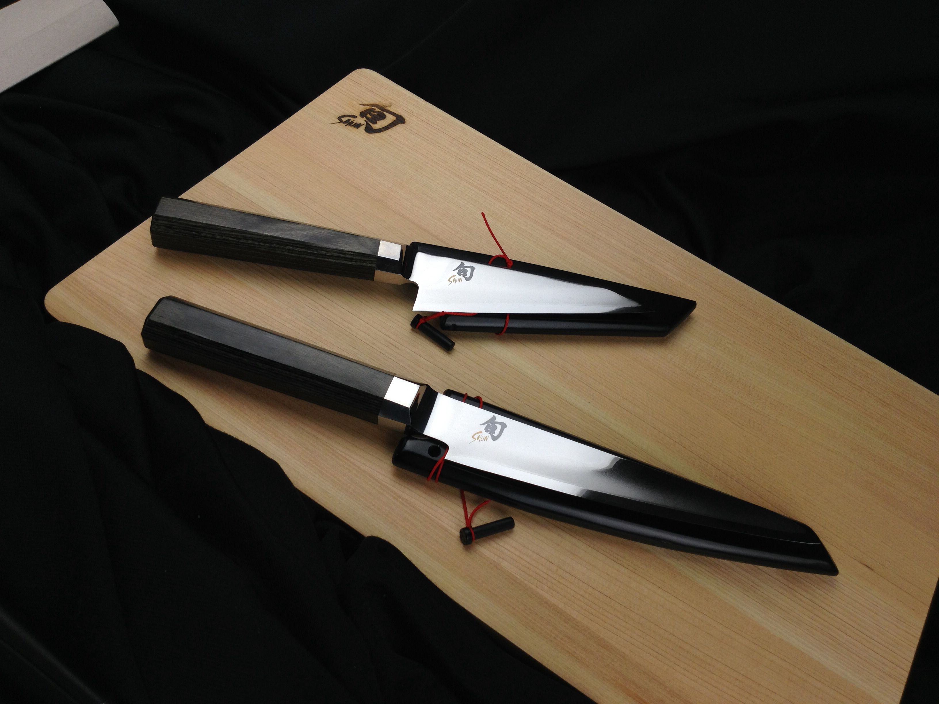 the shun blue line made with high carbon steel and designed by shun rh pinterest com