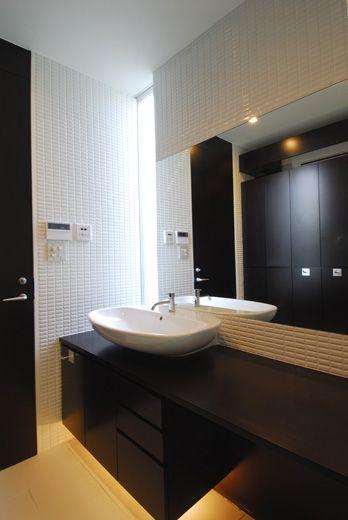 納品事例  美しいデザインの洗面台をはじめとした水まわり商品のセラトレーディング