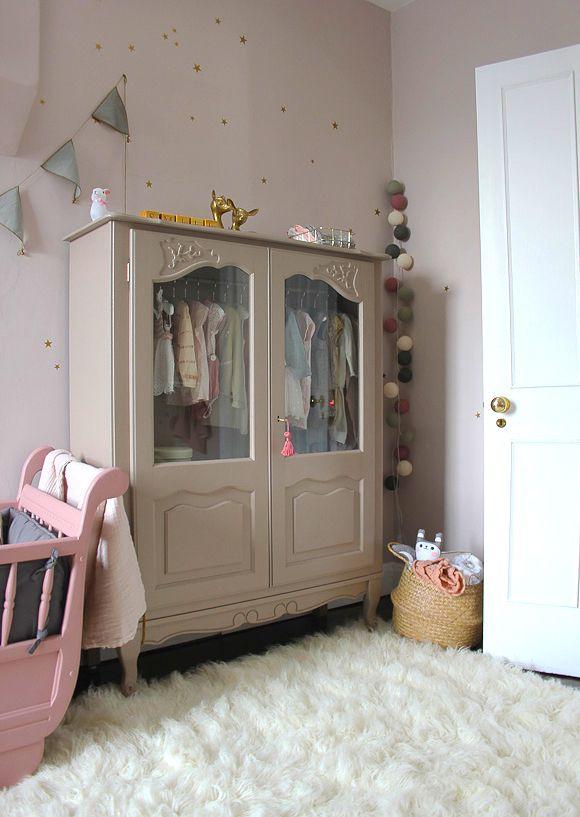La chambre bébé de Maysoon Bb, Sister room and Armoires