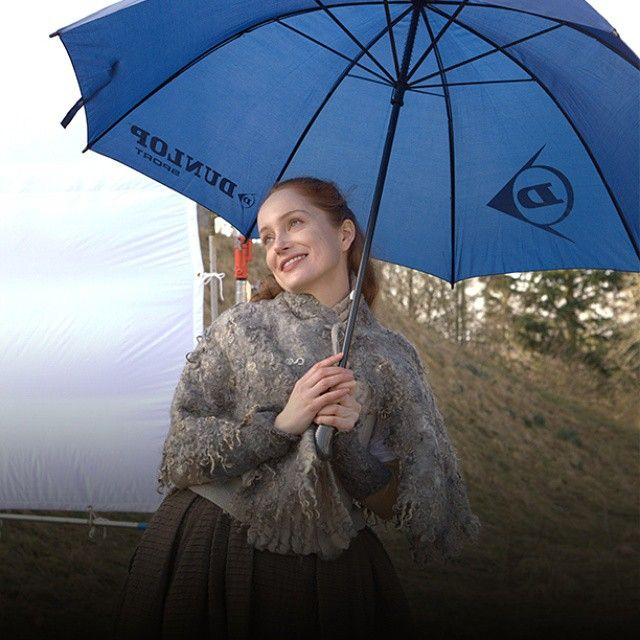 You know what they say about witches and water, @lotteverbeek ... #Outlander #BehindTheScenes