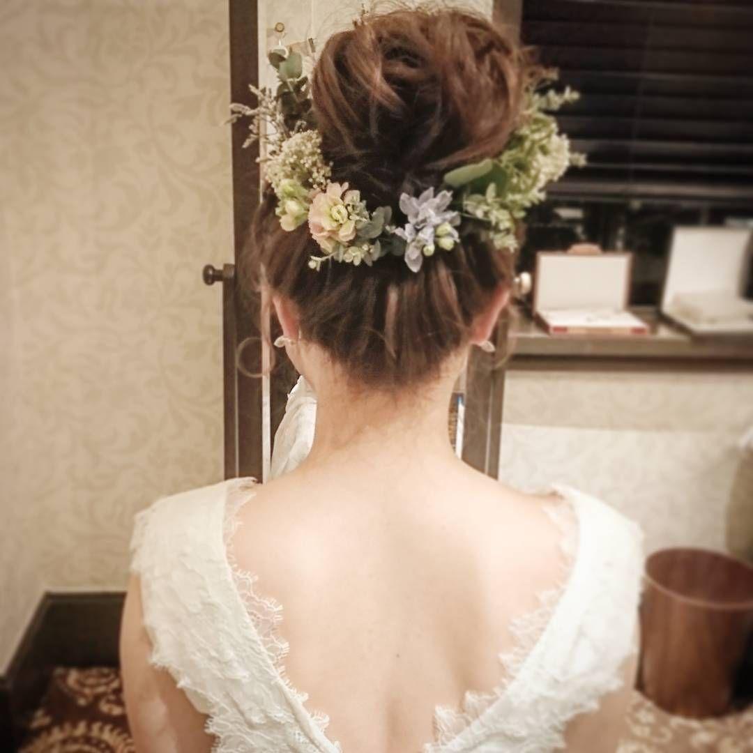 お団子に お花ぐるり Wedding Weddingphoto ウェディングヘア