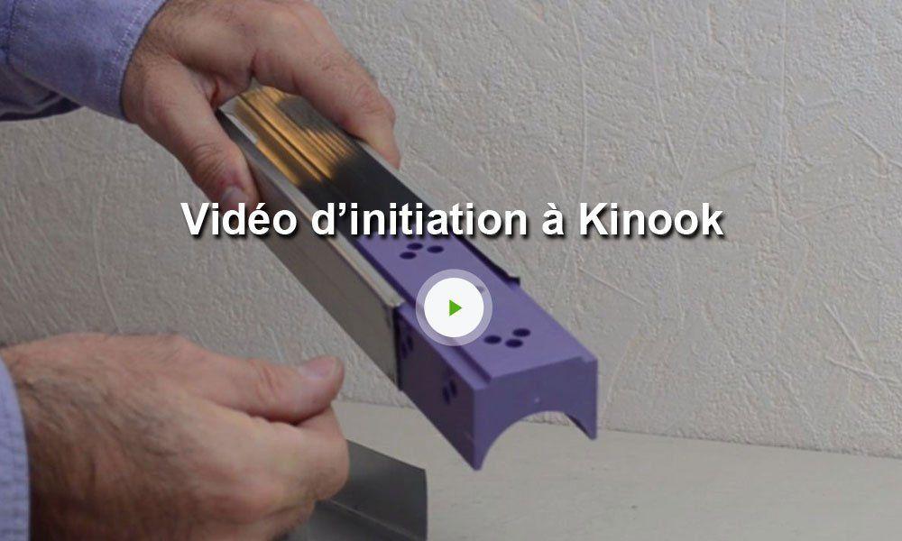 4 Grandes Cales Kinook Pour Montants Metalliques Fabriquer Une Bibliotheque Coffrage Metallique