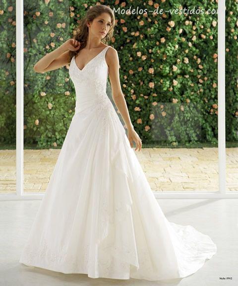 Vestido novia | De bodas va la cosa | Pinterest | Novios, Vestidos ...