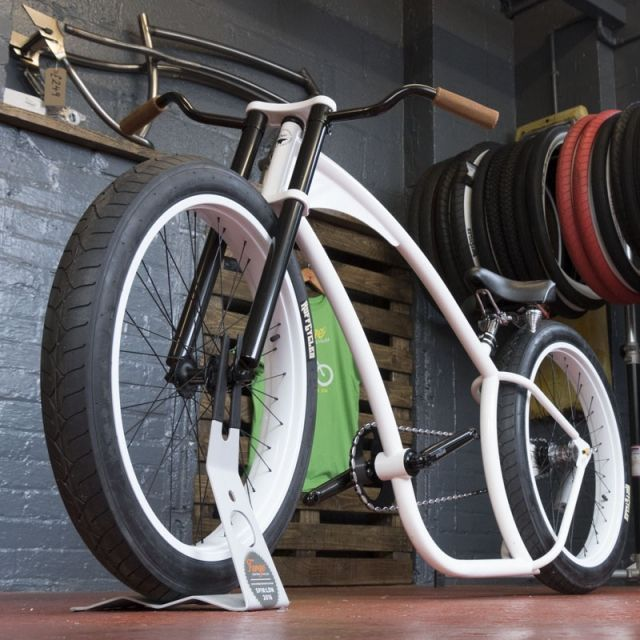 Hard Time White Uk Custom Cycle Parts And Accessories Ratrod