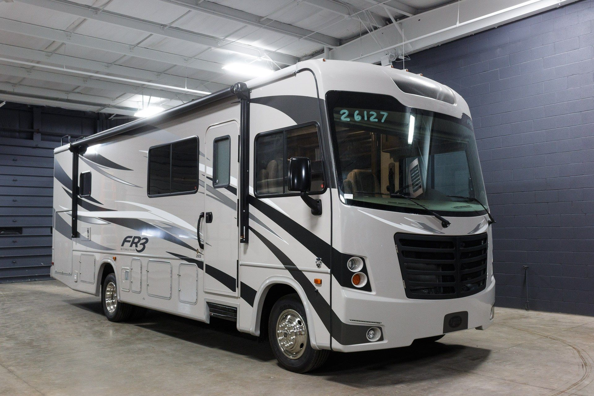 The Best Motorhomes For Your Long Cross Country Trips Motorhome