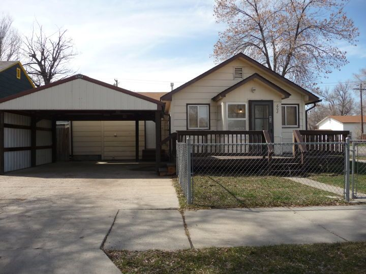1 Bdrm Duplex With All Utilities Paid Billings Mt Rentals Like New 1 Bedroom Side X Side Duplex Washer Drye Fenced In Yard Built In Microwave Small Fence