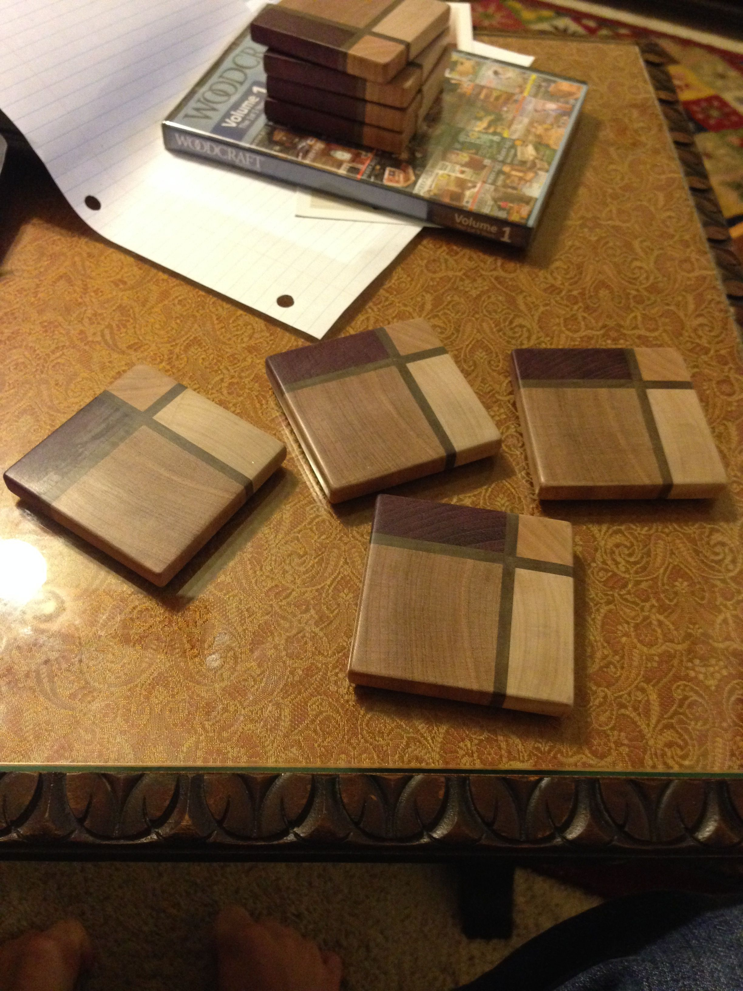 Guy Makes Coasters As A Quick Gift With Just Scrap Wood Laying