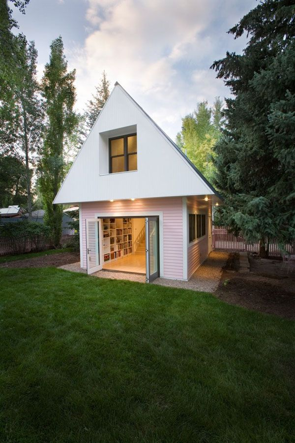 Cozy Small House Jpg 600 900 Pixels Cute Small Houses Small House House