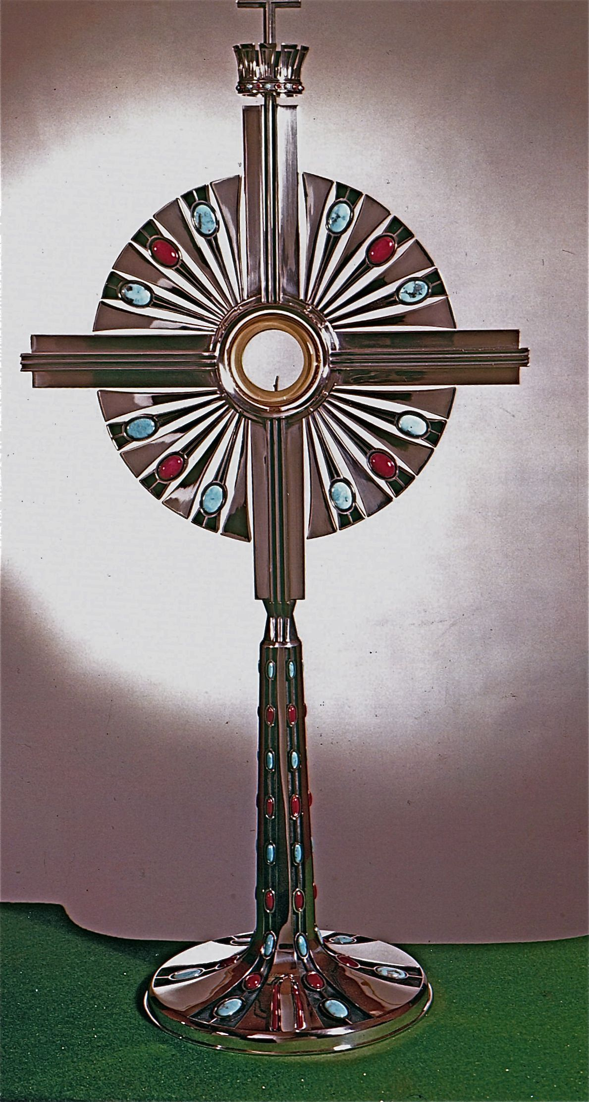 Monstrance at Christ The King in Dallas Texas