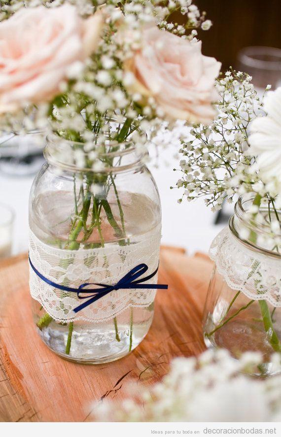 Manualidades decorar boda centro de mesa con botes de - Decorar mesa de centro de cristal ...