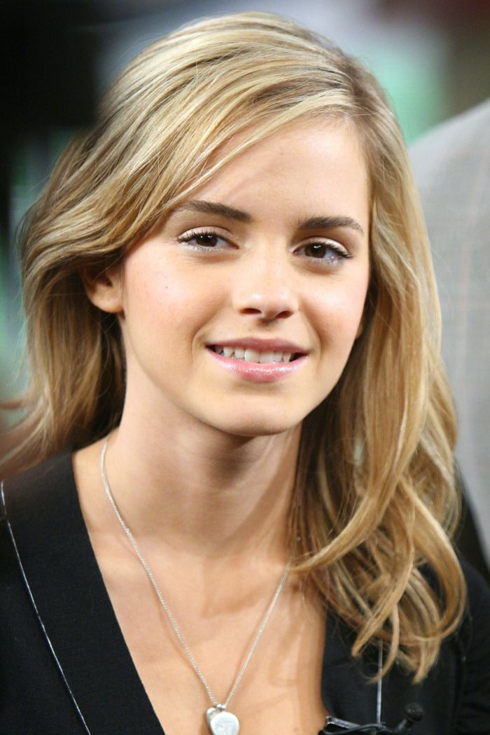 Lovely British Female Celebrities List Christtany Hair - Girl hairstyle name list