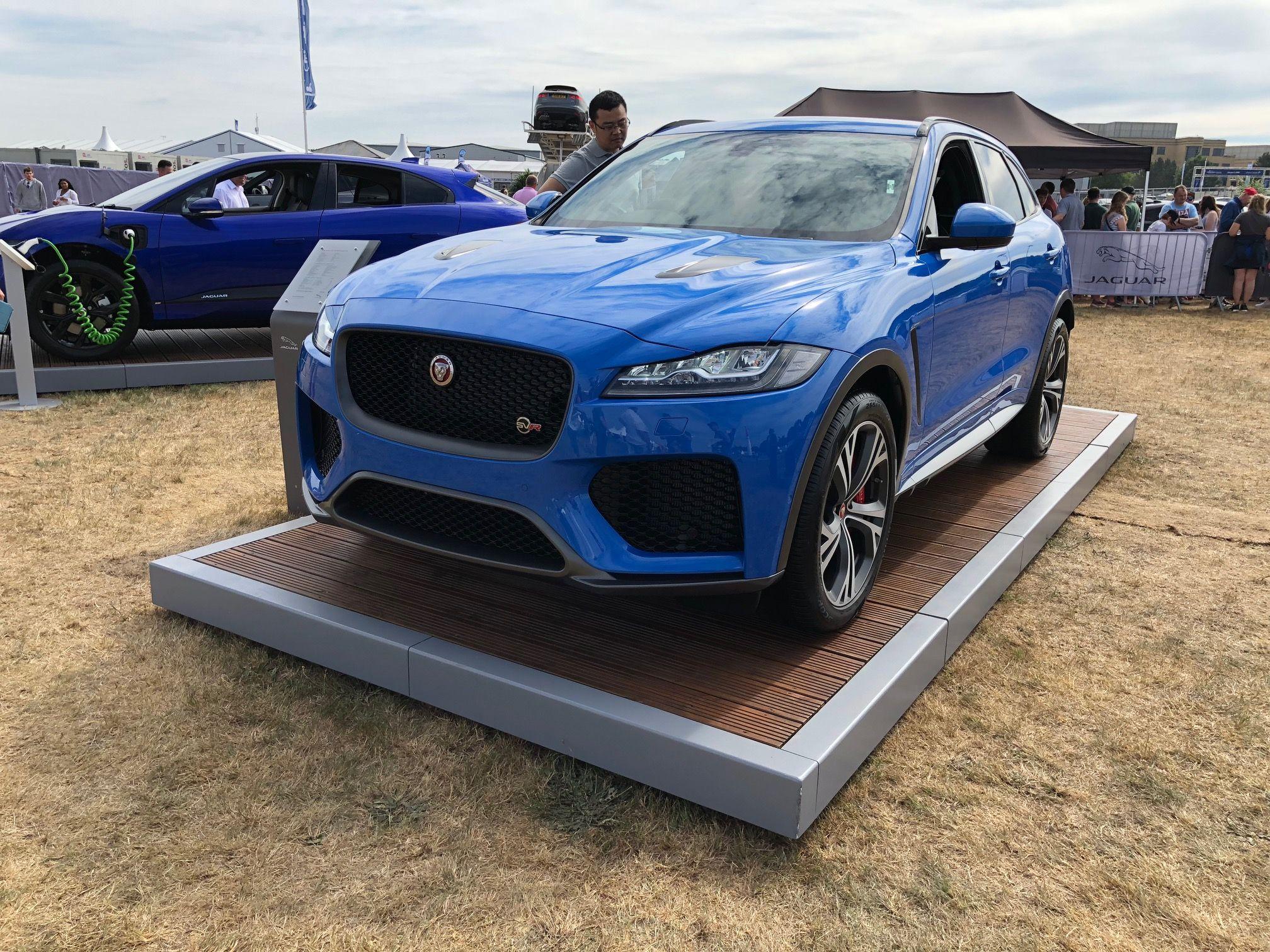 The Jaguar F Pace Estate 5 0 Supercharged V8 Svr 5dr Auto Awd Car Leasing Deal Cars Jaguar Luxury Car Lease Jaguar Awd Cars